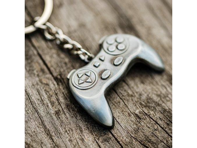 přívěsek na klíče dualshock playstation xbox dárek tip na dárek k narozeninám vánocům herní dárek klíčenka