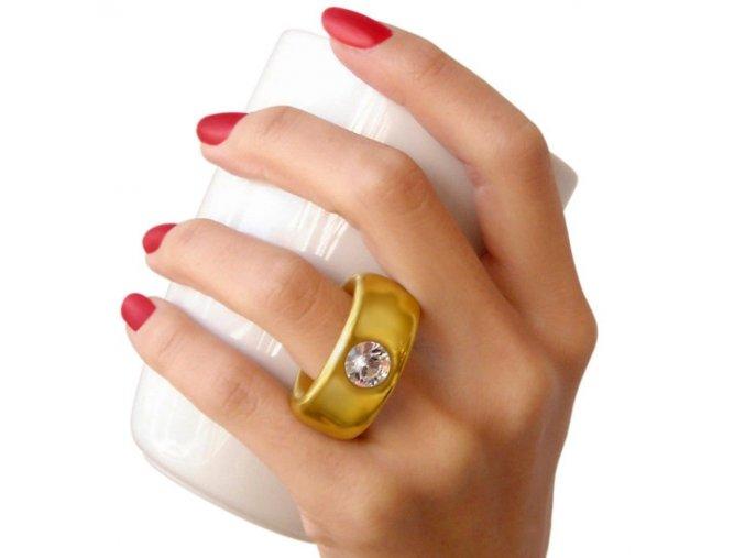 hrnek s prstenem s prstýnkem zásnubní svatební dar na svatbu na zásnuby vtip vtípek vystřelit si šprým sranda partnerka přítelkyně koupa dahtilidi white invotis ex08wh (3) 0f488f287ad7a0f3a5700038c6faf6a4