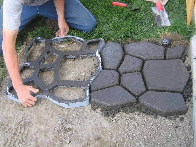 walk maker concrete mold rhamazoncom amazoncom Large Concrete Stepping Stone Molds wovte diy walk maker concrete stepping stone mold rhamazoncom path crazy
