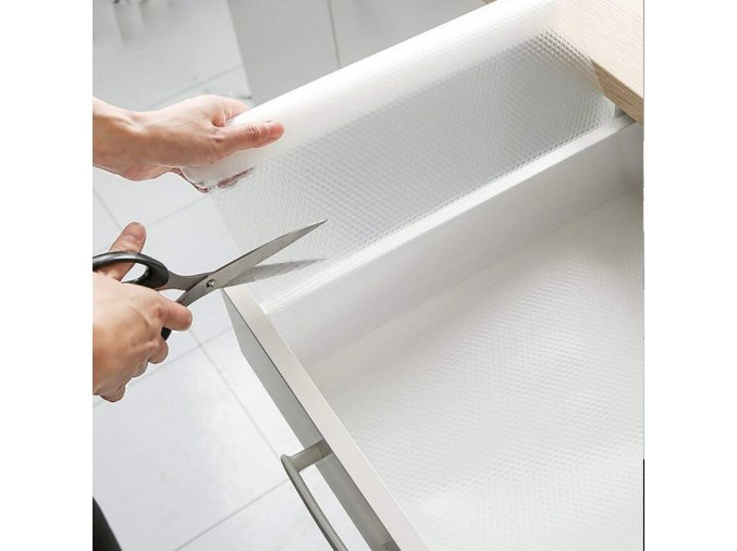multifunkcni podlozka pruhledna folie do supliku do zasuvky do skrine do regalu garaze sklepa kuchyne koupelny vodeodolna transparentni s teckami s vystupky protiskluzova