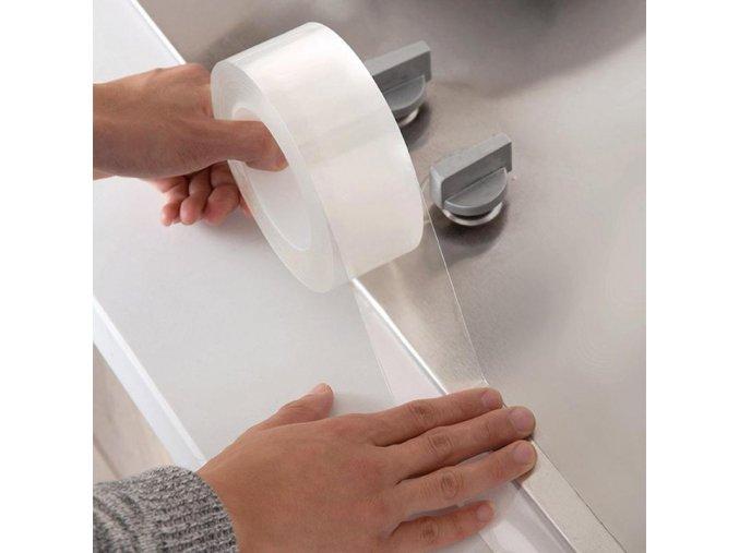 vodeodolna paska proti plisni spine rzi  zatekani na auto do auta ochrana ochranna paska na auto proti poskrabani do kuchyne do koupelny vany na vanu sprchovy kout sprchy sprcha koupelna zachod wc pruhledna transparentni levna dlouha