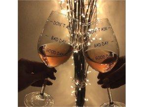 sklenice na víno špatný den ani se neptej bad day good day obří velká lahev lahvinka darek pro ženy partnerku vanoce brno