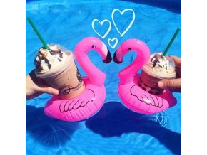 plamenak drzak na napoje na plechovky do bazenu leto letni nafukovaci nafukovacka flamingo floating holder can drink pool summer