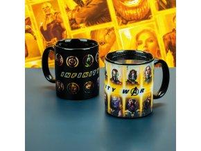 PP4385MVIW Marvel Avengers Infinity War Heat Change Mug Lifestyle Low Res 800x800