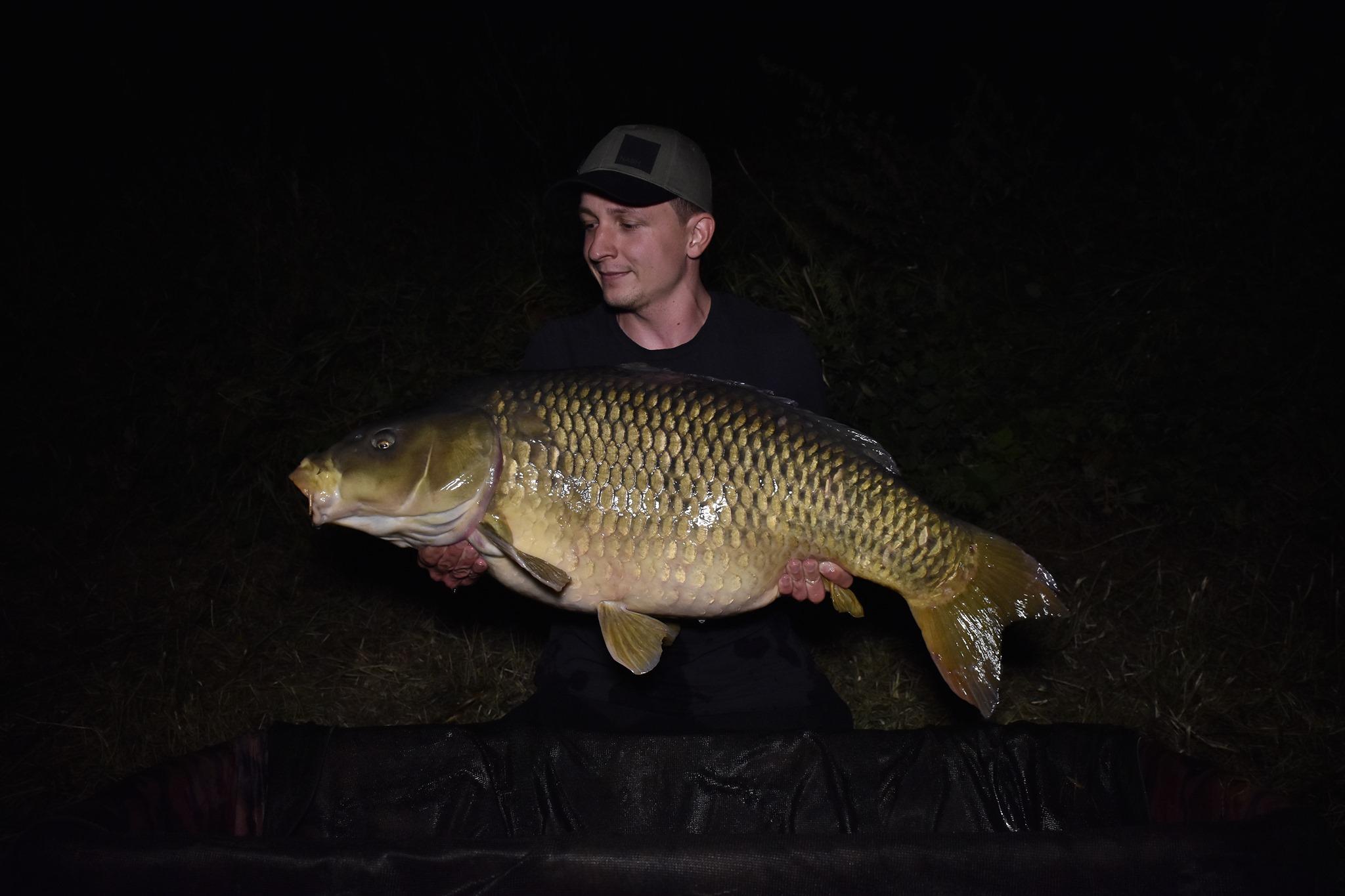 20,8kg šupináč a úžasný double z řeky