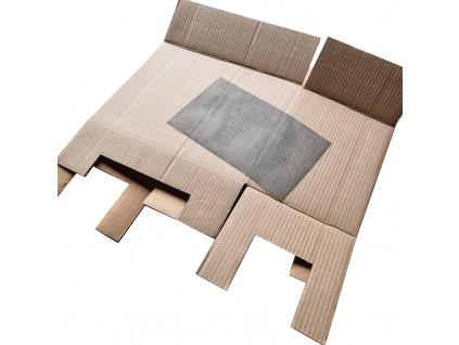 krabice rozlozena komplet