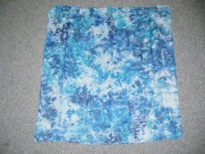 Hedvábný šátek barvený