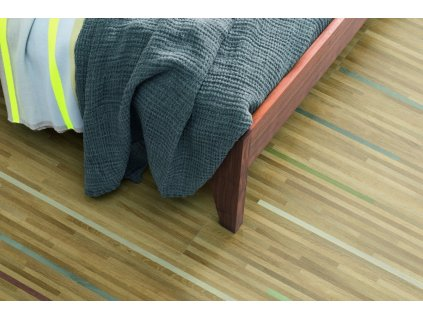 02pi ap ph flo bedroom detail bedclothes large wv4 epc028 l6
