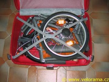 Skládací kolo na dovolenou – Dahon Vitesse D7 v kufru