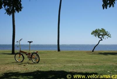 Skládací kolo na dovolenou – Dahon Vitesse D7 na Havaji