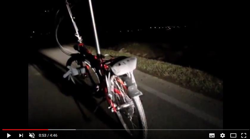 Test viditelnosti osvětleného a neosvětleného cyklisty