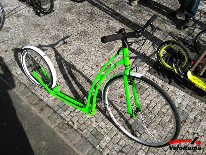 k-kolobezka-mibo-gt-zeleno-bile-12