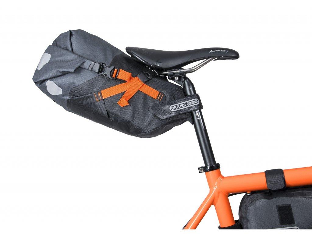 bikepackingova brasna pod sedlo ortlieb seat pack m (3)