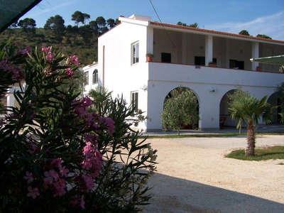 43-9-villa-ascoli-010