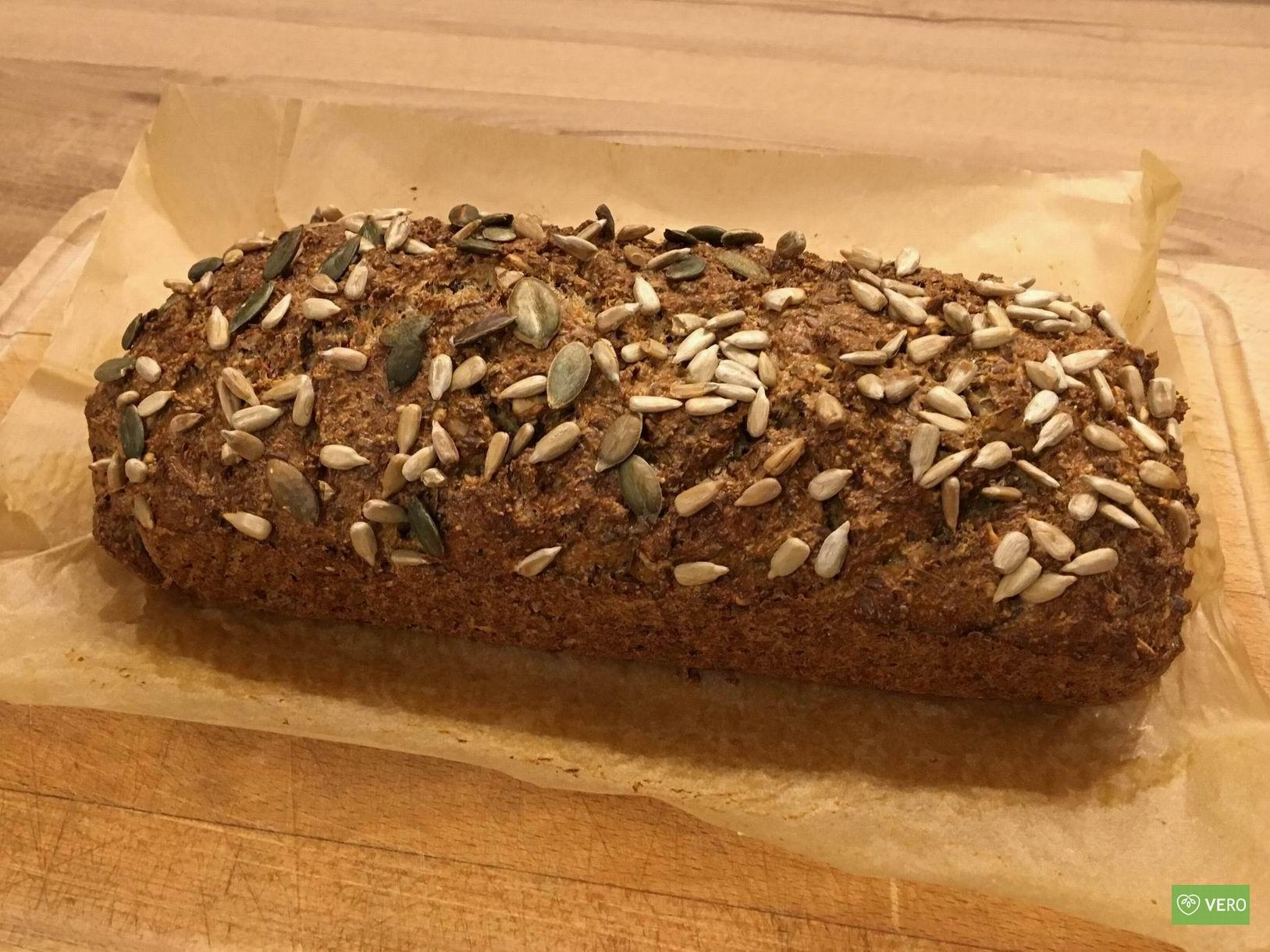 Domácí nízko-sacharidový chléb
