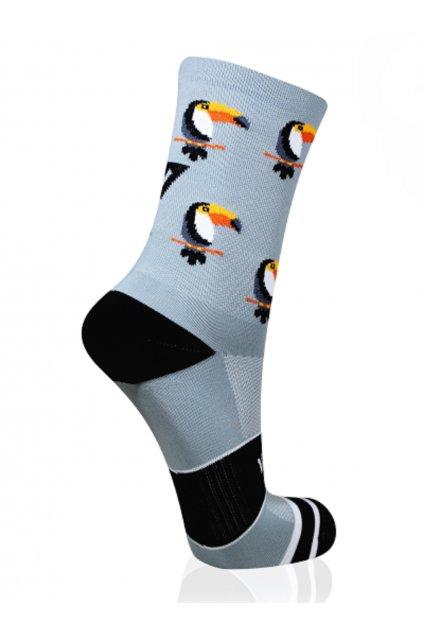 sportovní ponožky versus socks toucan