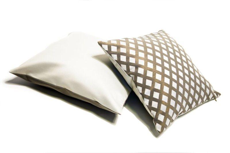 Dekorační polštáře na sedačku