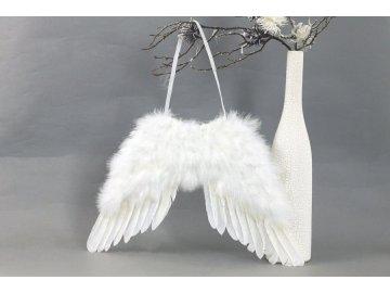 Andělská křídla z peří , barva bílá,  baleno 1 ks v polybag. Cena za 1 ks.