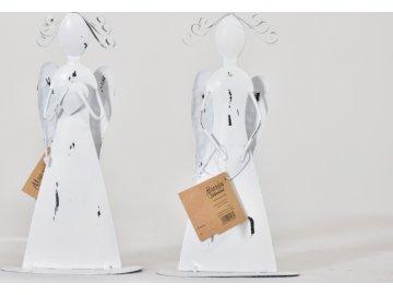 Plechový anděl Tiel se srdíčkem, bílý 17,5 cm