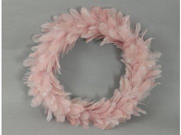 Věnec z peří, barva růžová