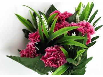 Karafiáty, puget, barva růžová. Květina umělá.
