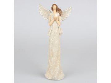 Soška stojícího anděla s holubicí