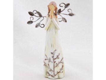 Figurka anděla   v krémových šatech   s kovovými křídly   14x9cm