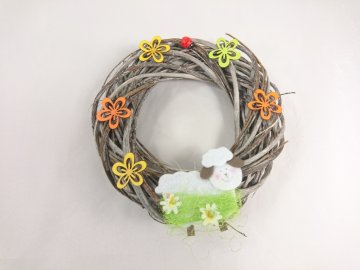 Velikonoční věnec s kravičkou