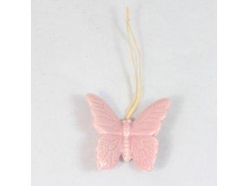 Keramický motýlek závěs tmavě růžový 4cm