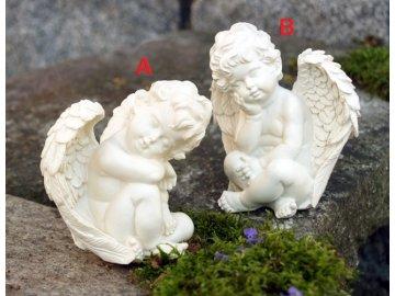 Anděl sedící bílý 12cm