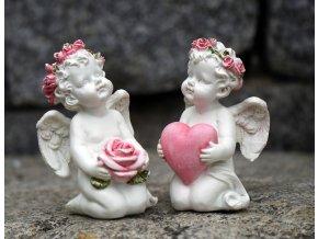 Anděl s růží nebo srdcem | 9x6x6cm