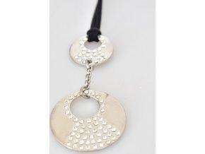 Stříbrný náhrdelník na kůžu