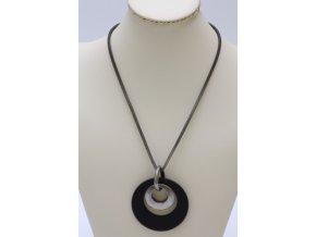 Proplétaný kovový náhrdelník s přívěskem