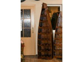 Vinotéka, dekorační dřevořezba