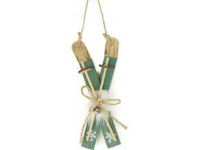Lyže, dřevěná vánoční dekorace s plyšem na zavěšení, barva zelená