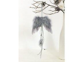 Andělská křídla z peří, barva šedá,  baleno 6 ks v polybag. Cena za 1 ks.