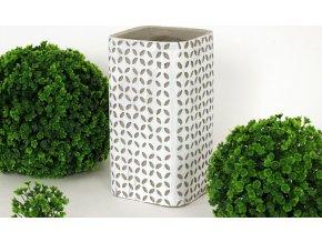 Váza betonová hranatá