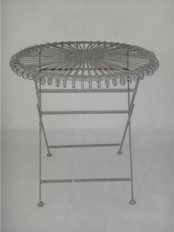 Stůl kovový barva šedá