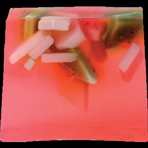 BOMB Cosmetics Glycerinové mýdlo jahodová pláň