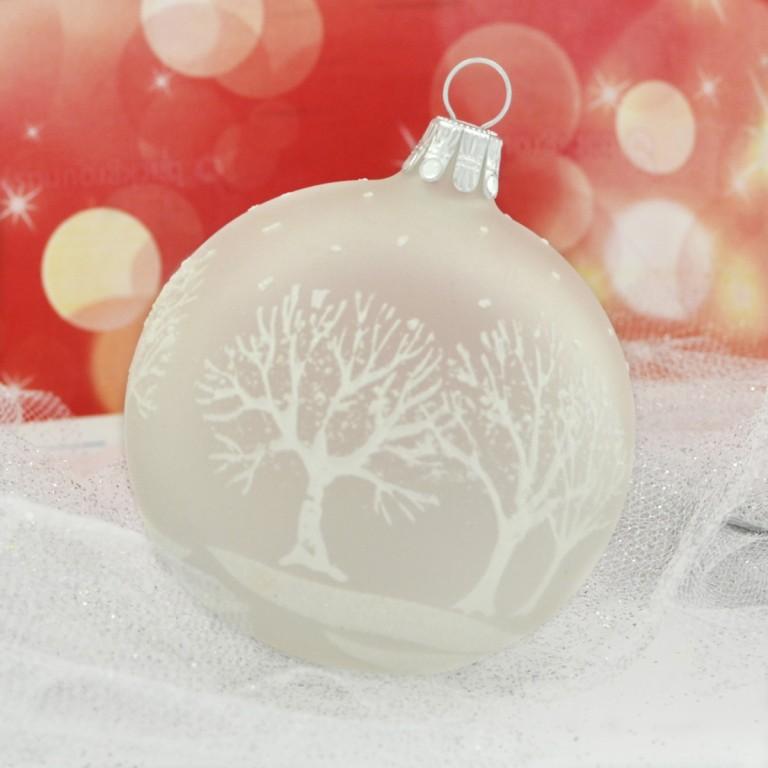 Slezská tvorba Skleněná koule | bílý mat | bílé stromy Velikosti: 7cm - 4 ks