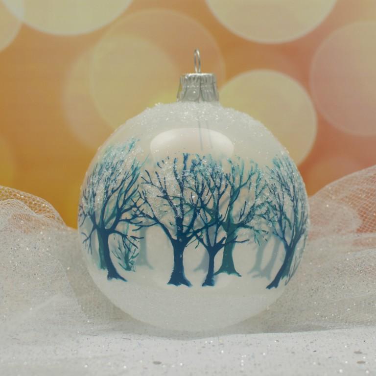 Slezská tvorba Skleněná koule | bílý porcelán | tyrkysový les