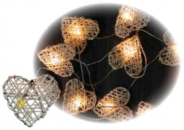 Anděl Přerov Vánoční LED světelný řetěz | srdce z ratanu | 16 světýlek | 3 m