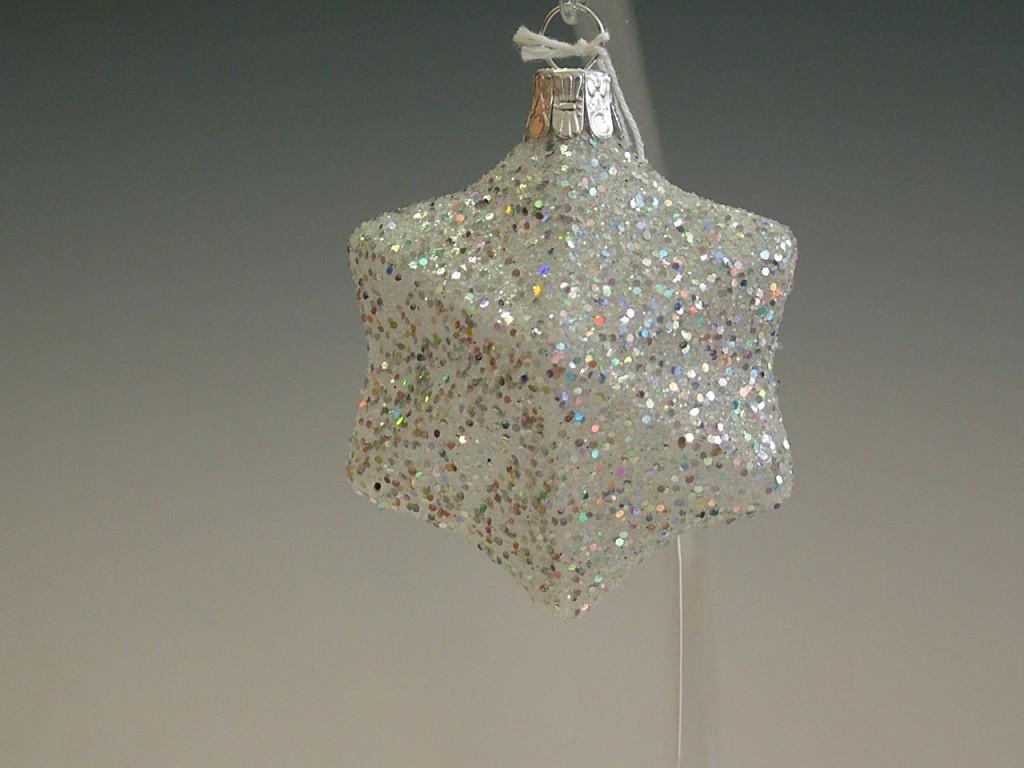 Slezská tvorba Skleněná figurka | plastická hvězda | filtry Velikosti: 4 ks
