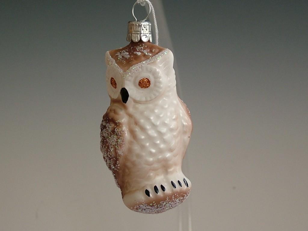 Slezská tvorba Skleněná figurka   sova   bílý a hnědý mat Balení obsahuje: 6 kusů