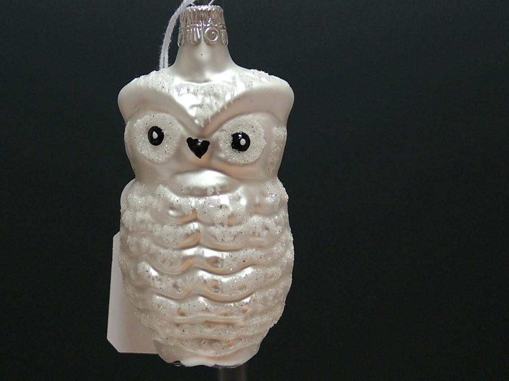 Slezská tvorba Skleněná figurka   sova   bílý mat   dekor Velikosti: 1 ks