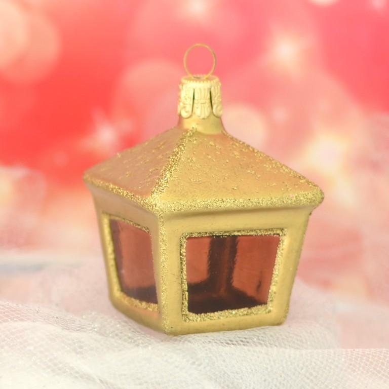 Slezská tvorba Skleněná figurka | lucerna hranatá | zlatý mat Velikosti: 1 ks
