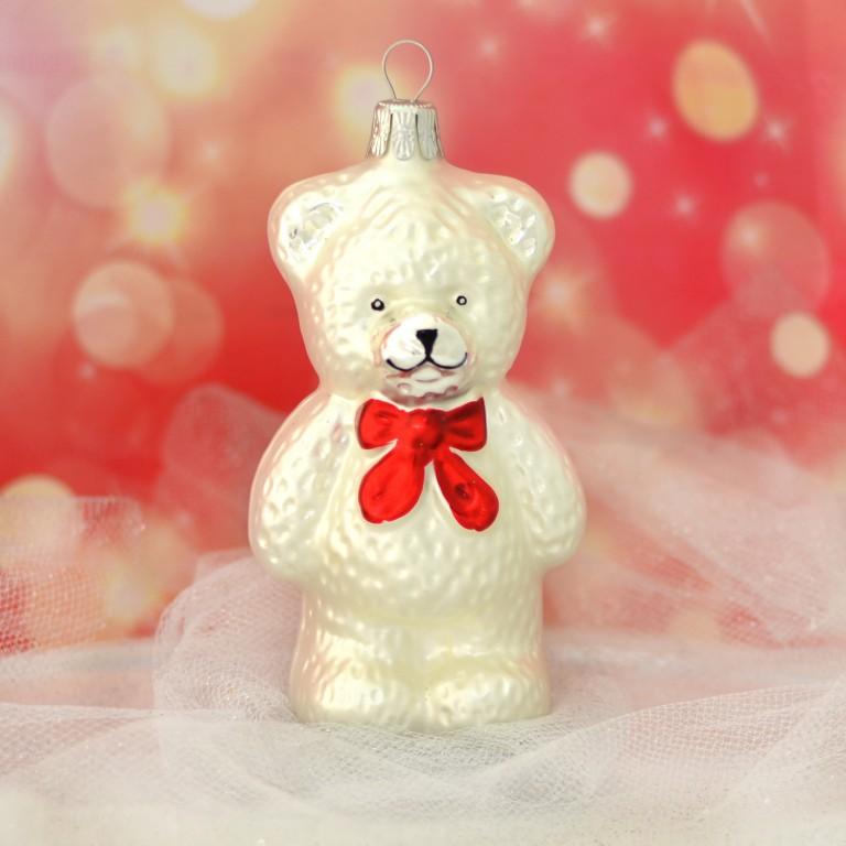 Slezská tvorba Skleněná figurka | medvěd s červenou mašlí | bílý mat Balení obsahuje: 3 kusů