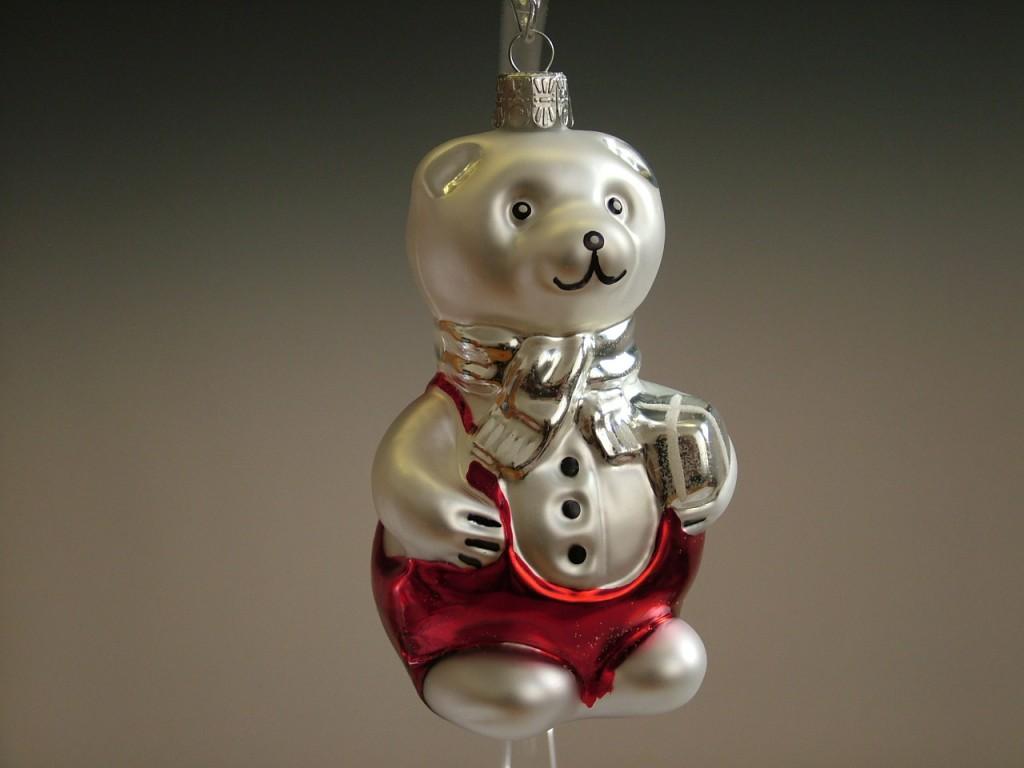 Slezská tvorba Skleněná figurka | medvídek Míša Kulička Balení obsahuje: 1 kusů