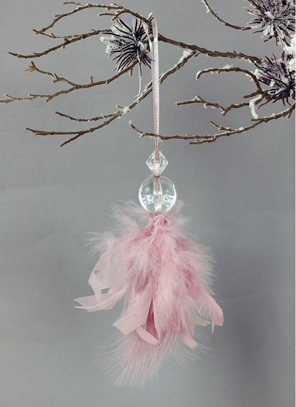 Andělíček z peří , závěsný, barva růžová, 6 ks v polybagu Cena za 1 ks