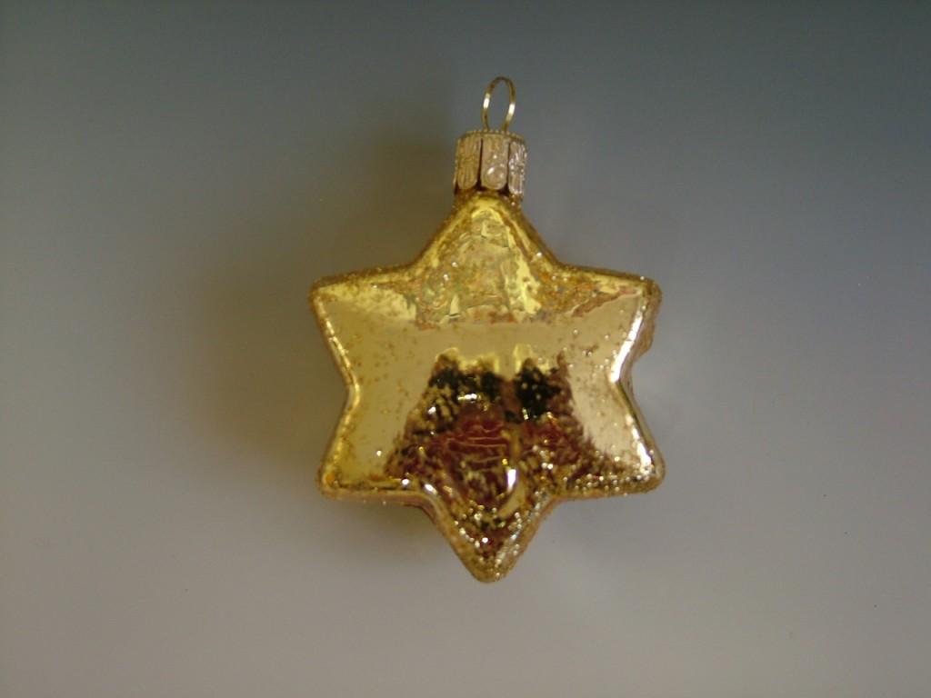 Slezská tvorba Skleněná figurka | placatá hvězda | zlatý lesk Balení obsahuje: 1 kusů